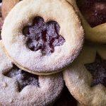 Patys skaniausi, lengviausi ir greičiausiai gaminami sviestiniai sausainiai su džemu